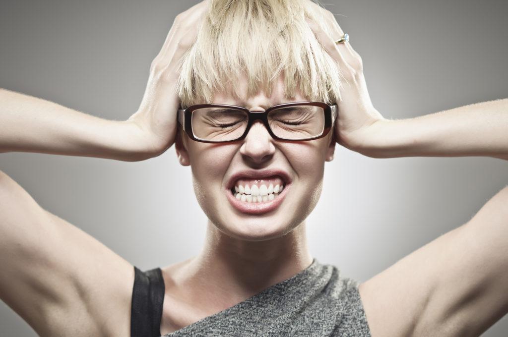 Cum scapam de scrasnitul dintilor?